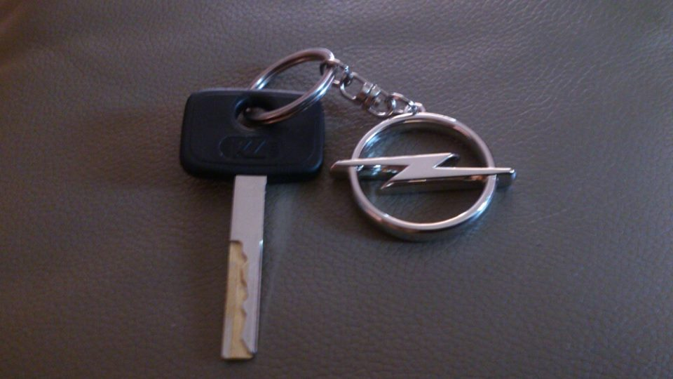 Opel Key Ring.jpg